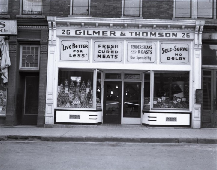 Storefront of the Gilmer a Thomson store at 26 Queen Street in 1937 (St. Catharines Museum, S1937.1.2.1).