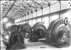 photo 6 F1998-442-258 interior with generators